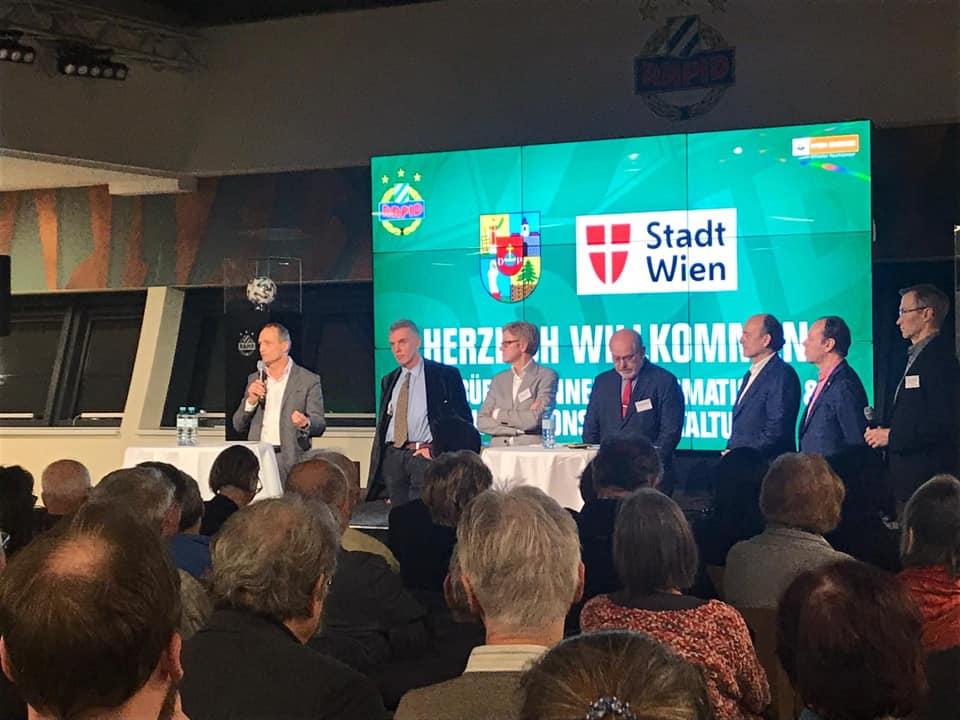 Wolfgang Gerstl bei der Diskussionsveranstaltung zu Steinhof.